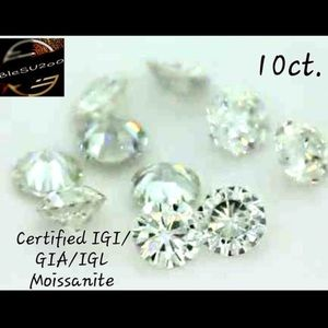 10ct. certified white Moissinate stones